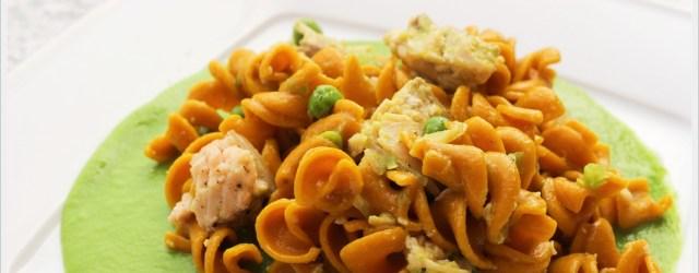 ricetta pasta alla curcuma con trota