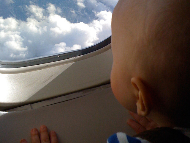 bambino  finestra  aereo