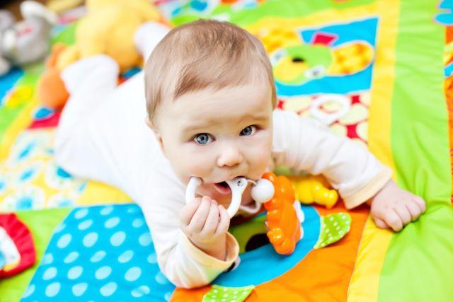 0-3 mesi: primi giochi da fare con il bambino - Passione Mamma