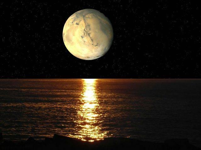 Risultati immagini per immagini della luna crescente