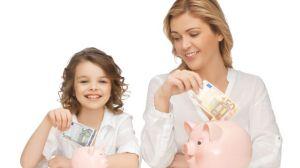 foto_mamma_e_figlia_soldi