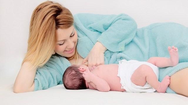 allattamento-neonato