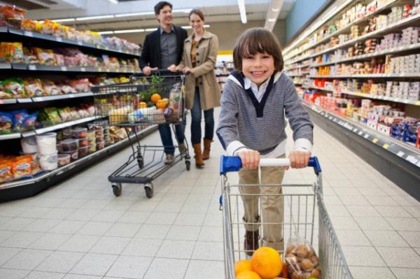 bambino-supermercato
