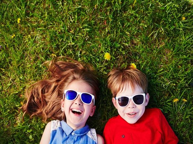 occhiali sole bimbi