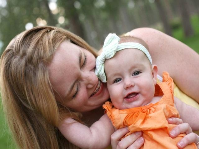 mamma-felice-con-piccola