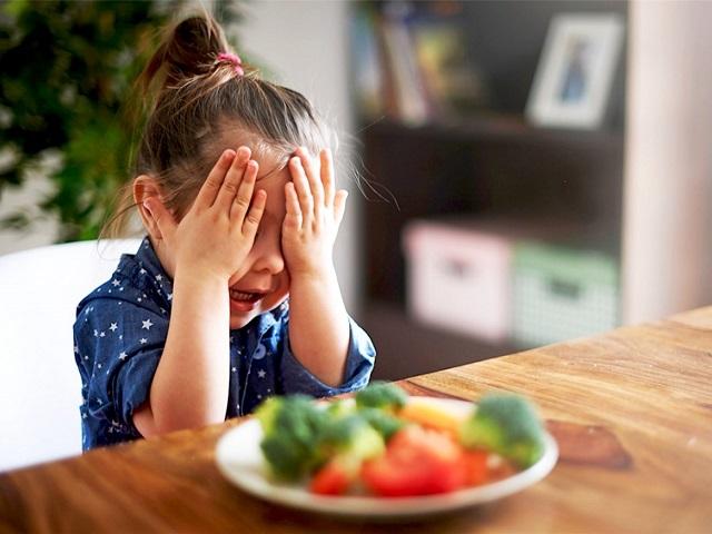 dieta equilibrata per colazione, pranzo e cena per bambini