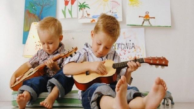 canzoni sui fratelli