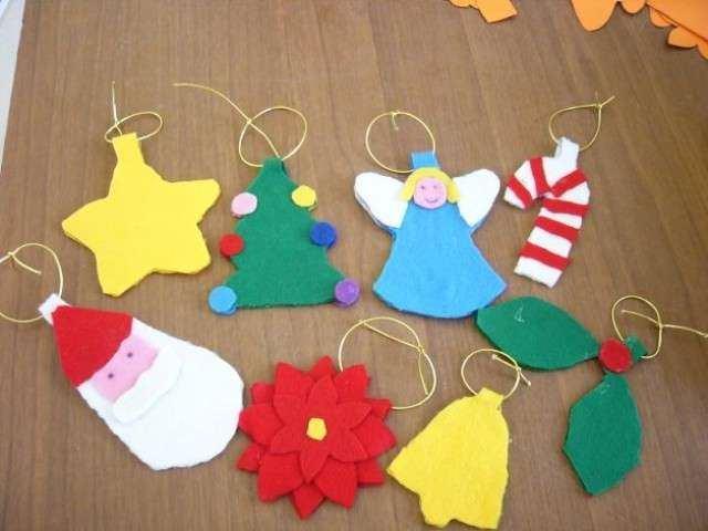 Decorazioni Di Natale Scuola Materna : La spirale di perline decorazioni di natale fatte dai bambini