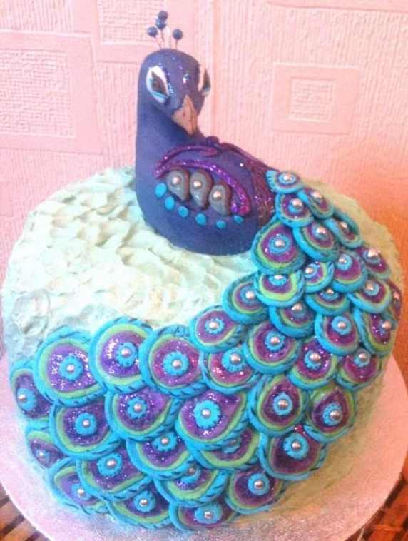 torta a forma di pavone