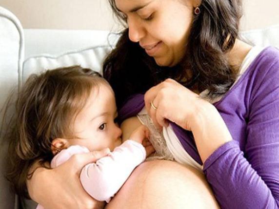 allattamento in gravidanza si può