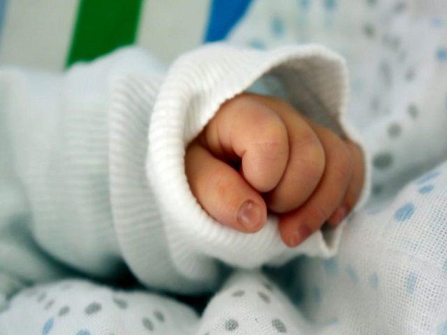 Bimba nata dall'utero di una donatrice deceduta