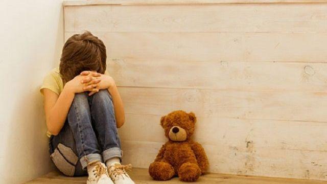 maltrattamenti bambini disabili