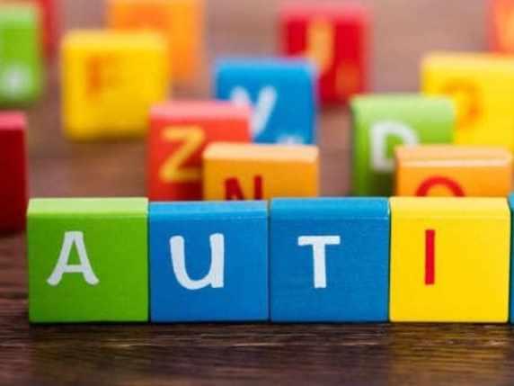 foto autismo lettere