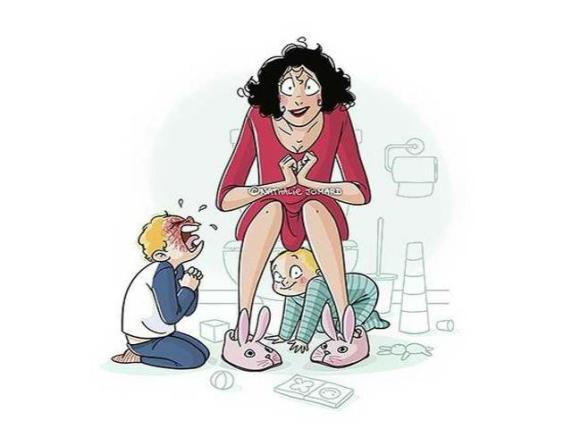 mamma in bagno con i figli