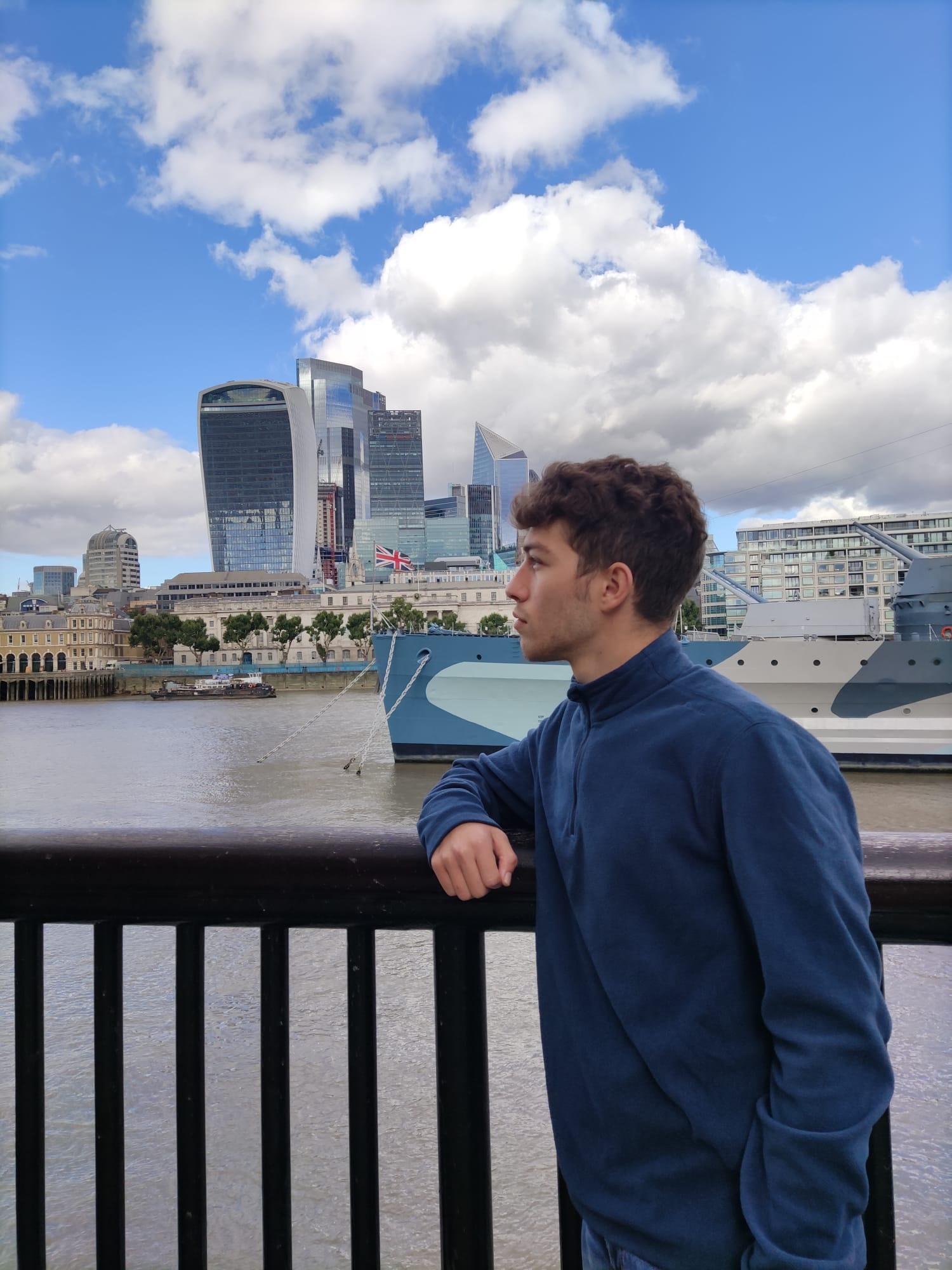 Vito Difino ci racconta la sua passione per il mondo anglofono