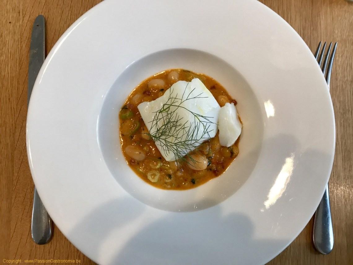 Restaurant Comptoir des Galeries - Dos de cabillaud royal nacré, fricassée de coco de Paimpol, chorizo iberique