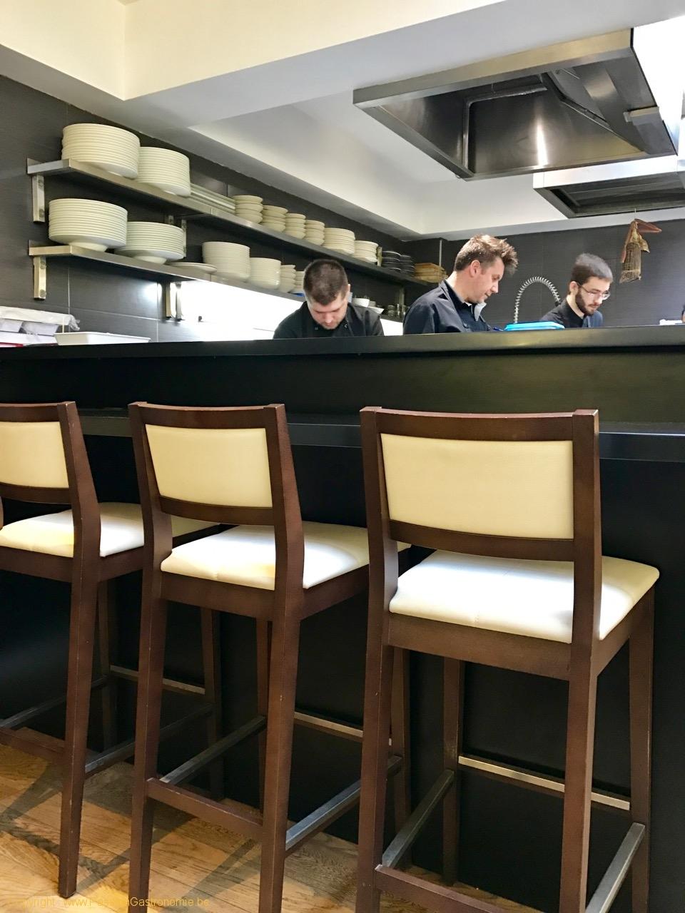 Restaurant Wine In The City - La cuisine ouverte