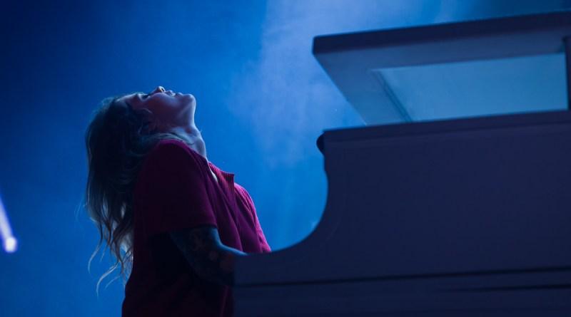 Cœur de Pirate piano magnifique