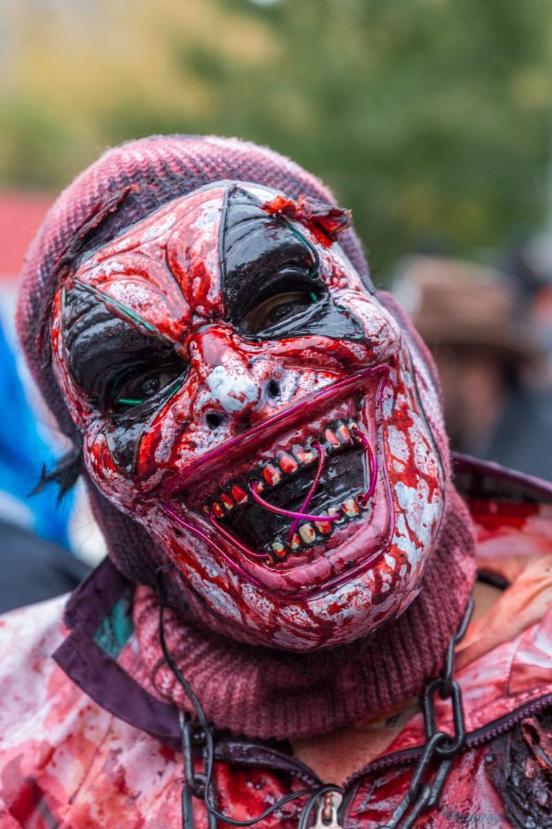 Photo : la Marche des zombies à Montréal Zombie