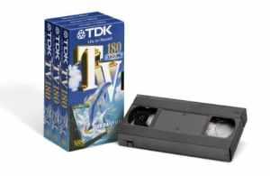 TDK T03163 TV-180 Pack de 3 cassettes vidéo VHS (180 minutes d'enregistrement) (Import Allemagne)