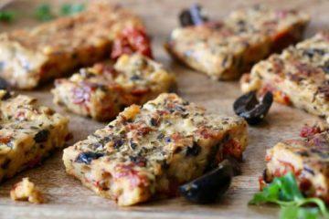 Panisse aux olives noires et tomates séchées, IG bas
