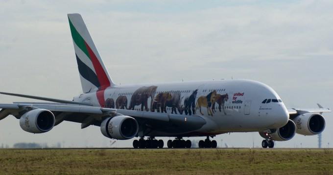 A380-800 A6-EEI à Roissy
