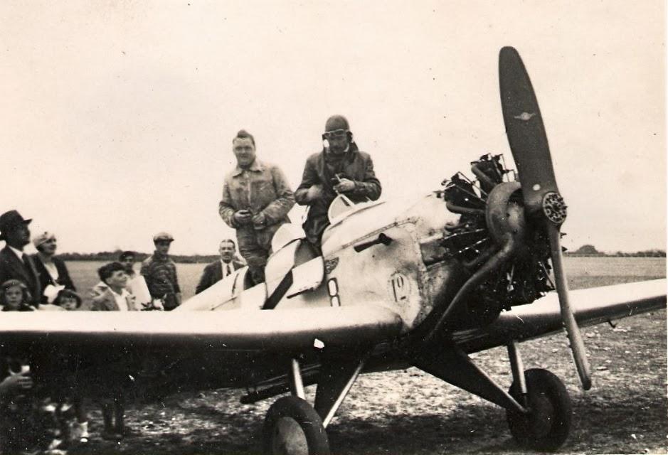 Jean Bétrancourt et Emile Antérion sur le Farman 234 F-ALRV de l'aéroclub de Normandie ©Alain Bétrancourt