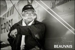 Portrait de Jack Krine devant Breguet XIV par Isabelle Beauvais