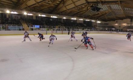 Ligue Magnus (31e journée) : Angers manque son entame de match face à Grenoble (2-4).