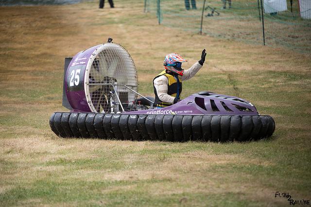 Championnat d'Europe d'aéroglisseurs à Grez-Neuville.