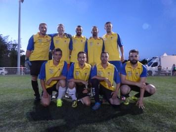 L'équipe de la Goupil Isolation, finaliste du tournoi.