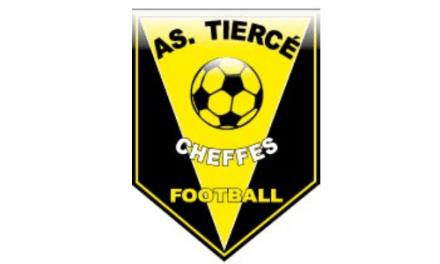 Match sérieux de l'AS Tiercé-Cheffes à Auvers Poille (2-0).