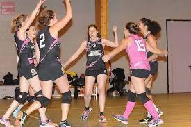 Les joueuses du SCO Volley célèbrent un point (Crédit photo : Michel DURIGNEUX).