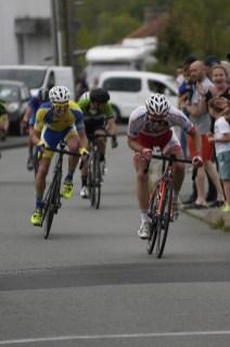 Flavien Bernier prend la 2ème place de la course Senior devant Manuel Nerrière
