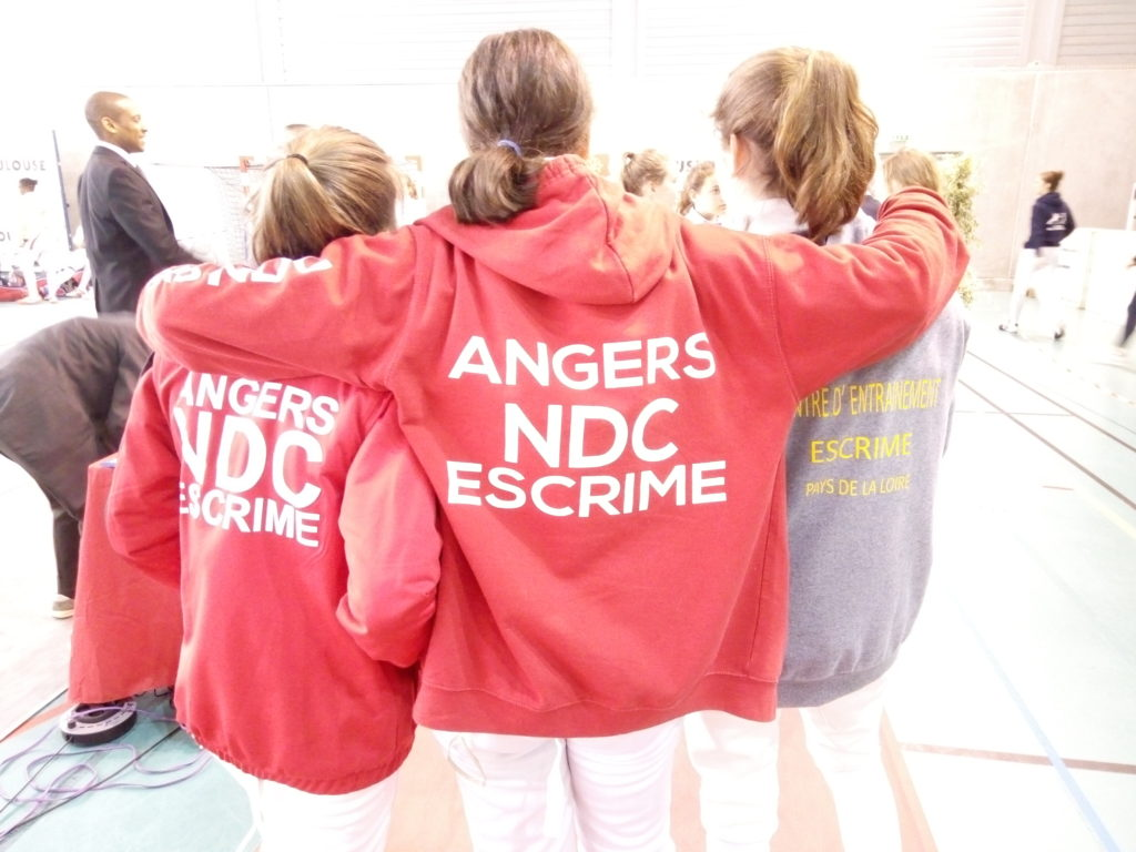 Cécile, Camille et Clémence, prêtes à tout donner pour la victoire