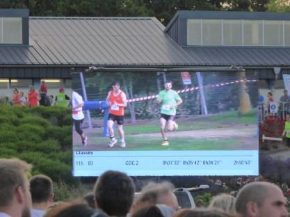 La course a pu être suivie sur l'écran géant.
