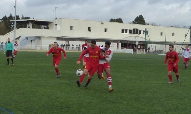 D1 (9e journée) : Victoire logique de Pellouailles-Corzé chez une jeune équipe d'Avrillé (3-0).