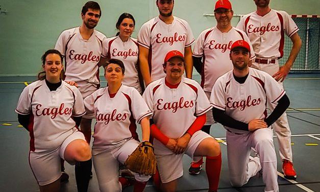 Les Eagles de Saint Barthélémy d'Anjou tiennent tête aux Mariners de Nantes en championnat indoor Régional