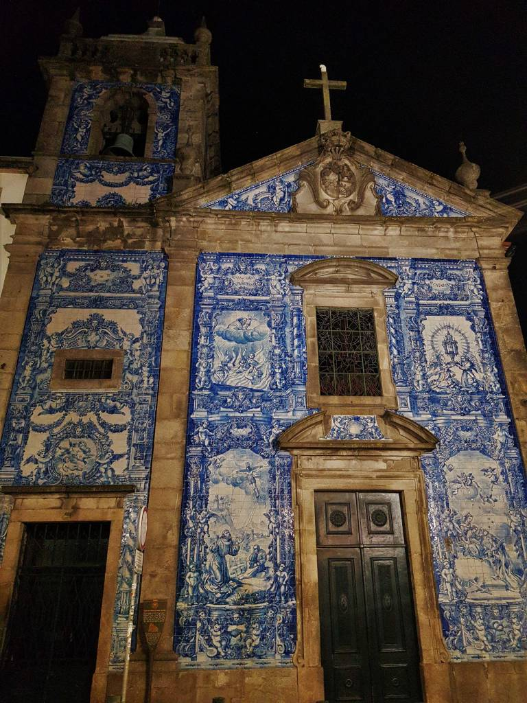 Azulejos tiles outside the Chapel of Souls in Porto