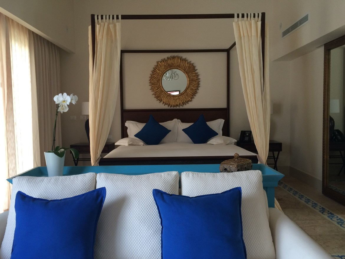 Bed and seating area at the Eden Roc Cap Cana