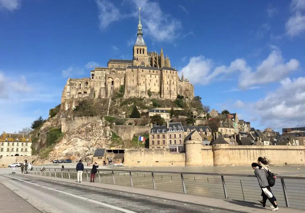 Visit Mont Saint-Michel from Bayeux
