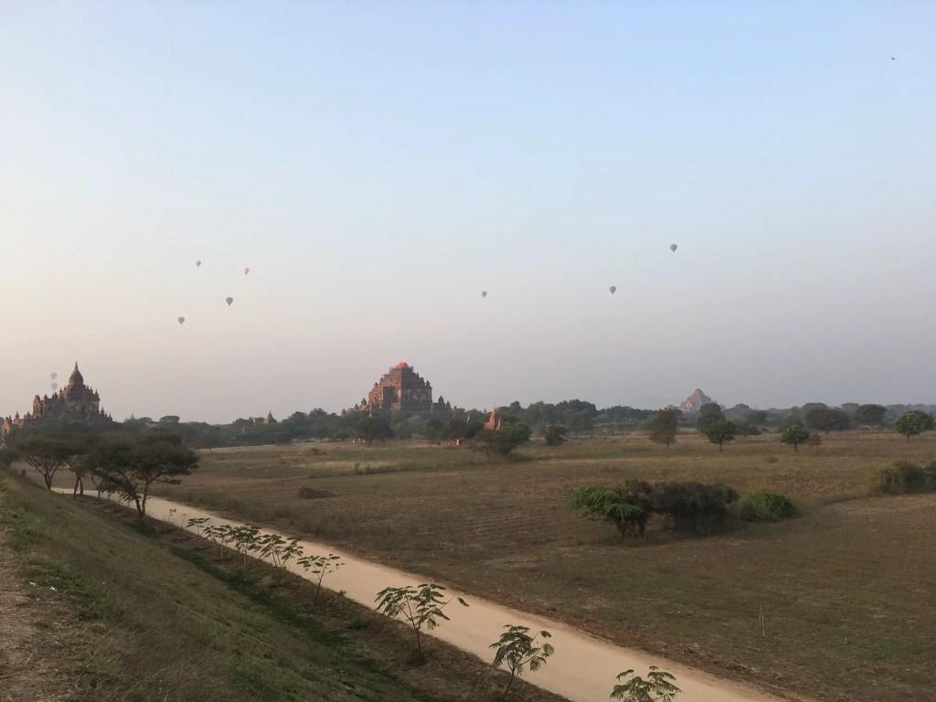 Things to do in Bagan: Check out the hot air balloons at dawn