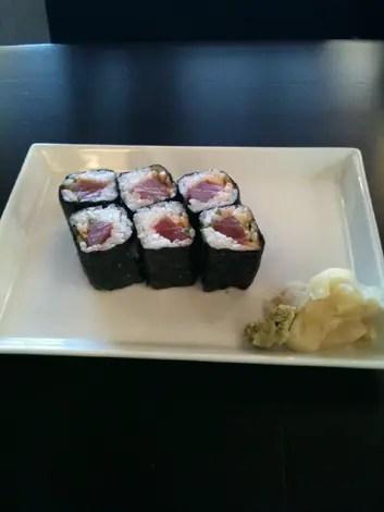 Teshi spicy tuna rolls