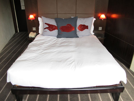 Hoxton hotel bed