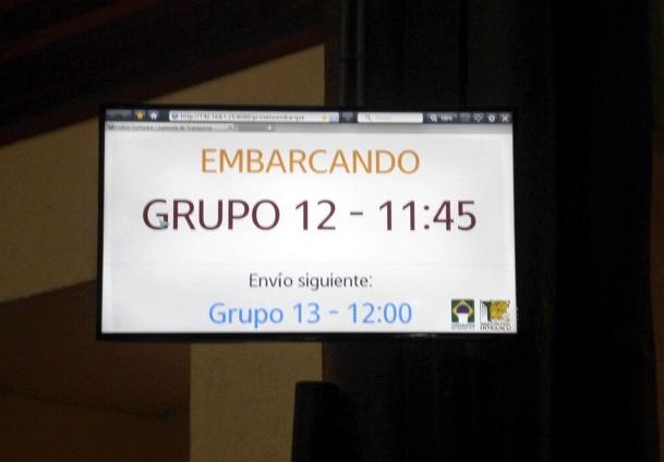 18-brazil-iguazu-falls-bus-groups