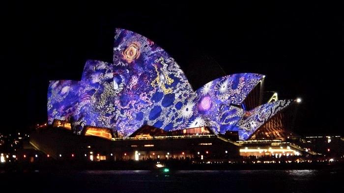 circular-quay-sydney-opera-house-australia
