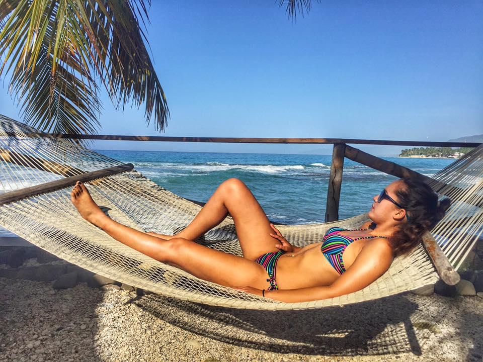 Hammock life at Haitian Airbnb