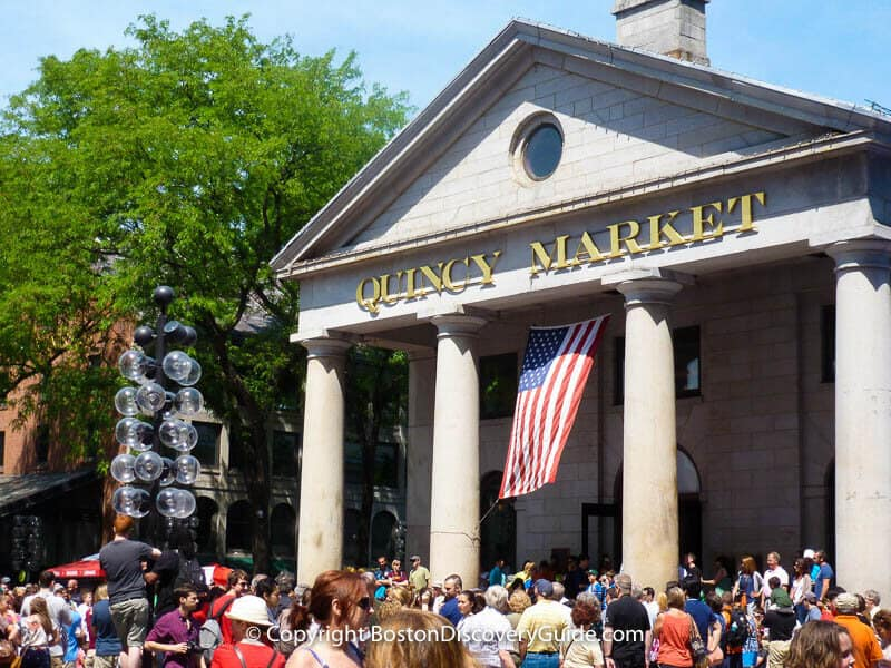 10 Things to See and Do in Boston - Quincy Market