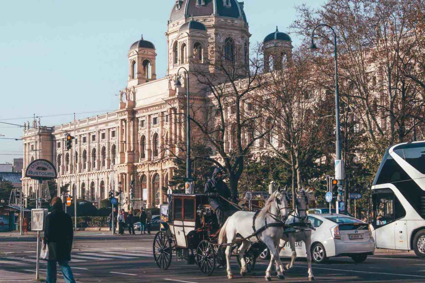 horse drawn carriages in vienna