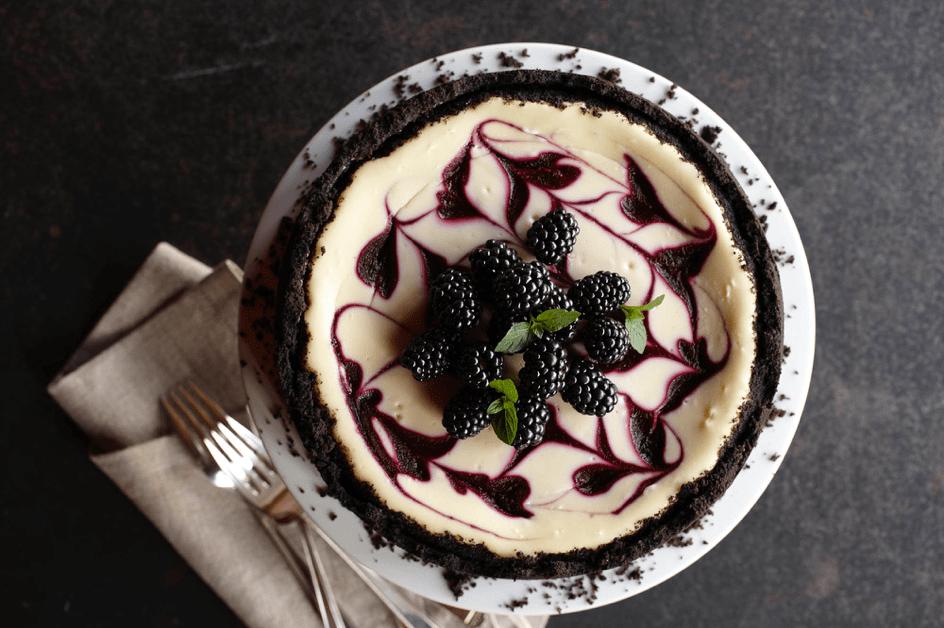 bogurtlenli-cheesecake-tarifi.png